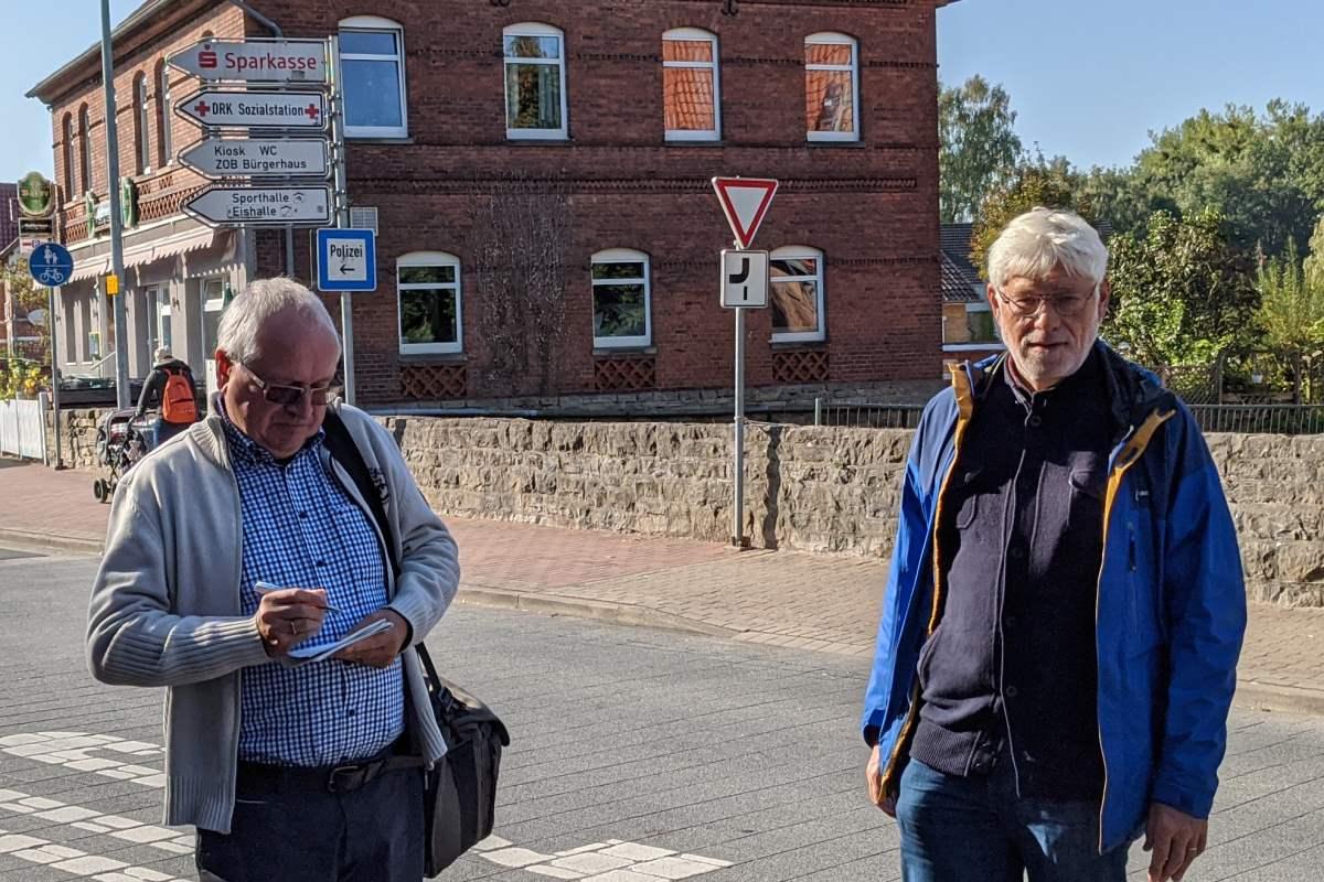 Herbertus-Stube in Lauenau: kein Abriss - Pressetermin mit Bernd Althammer